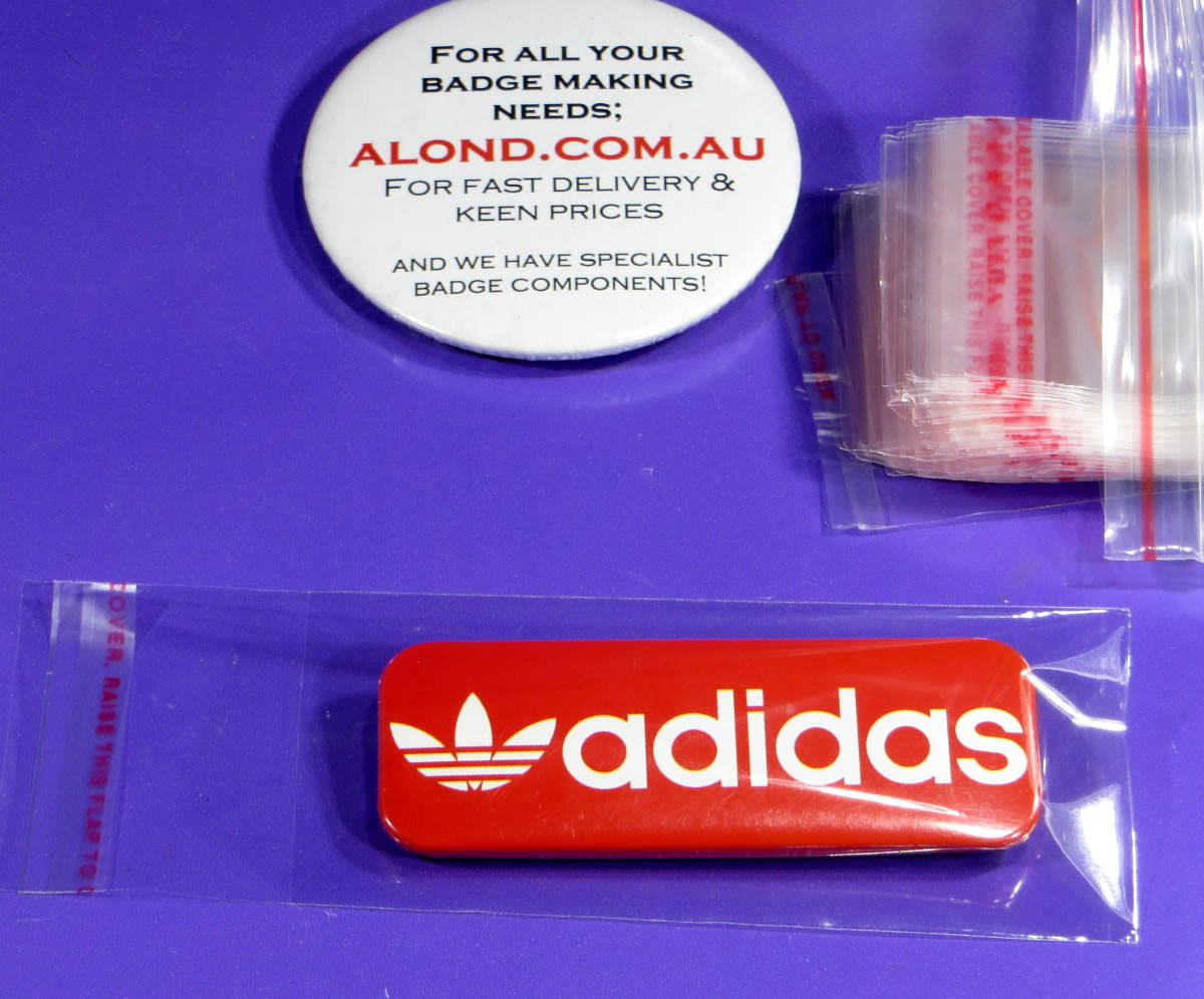 resealable sleeve/bag for the 25 x 70mm pin name badge