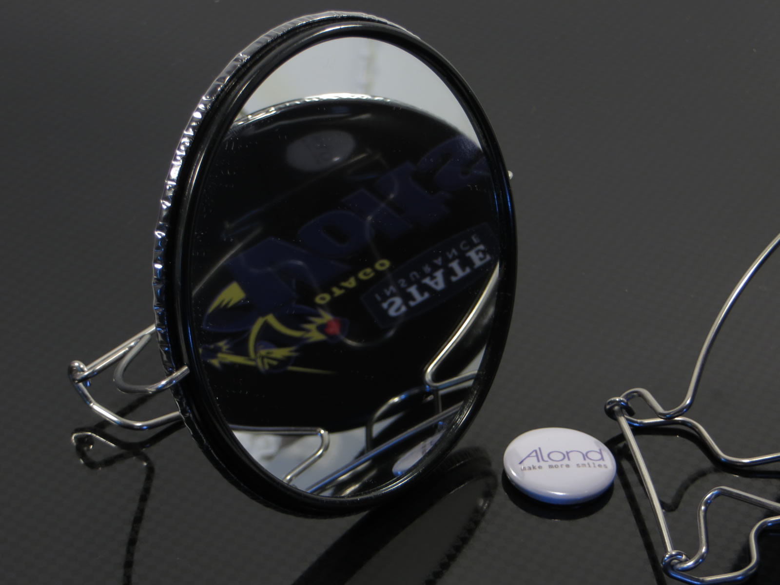 Alond mirror back badge with wire stand
