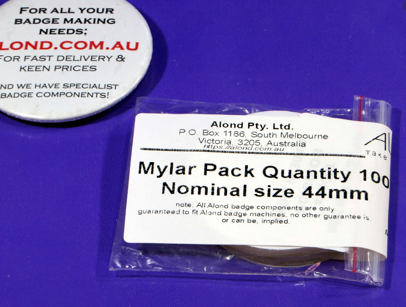 Spare clear covers for 44mm pin-badge