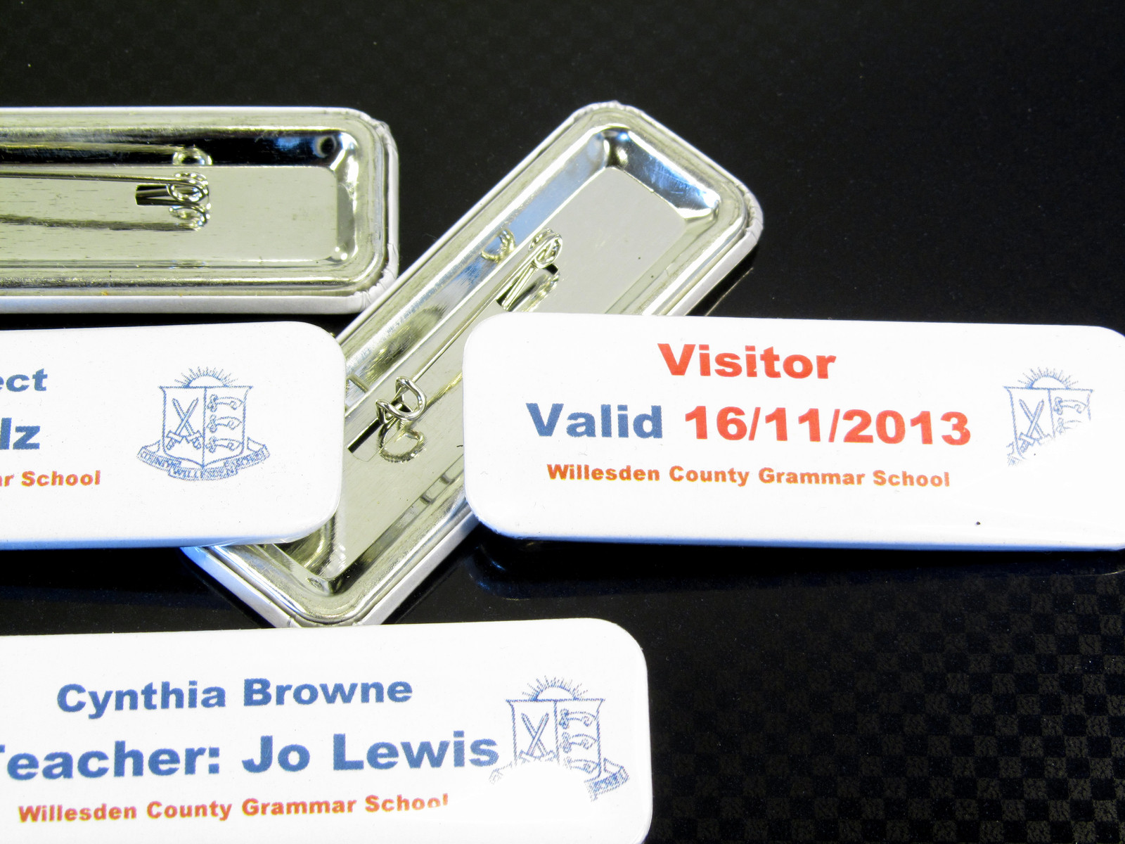 Supermarket or restaurant use? these name badges are excellent