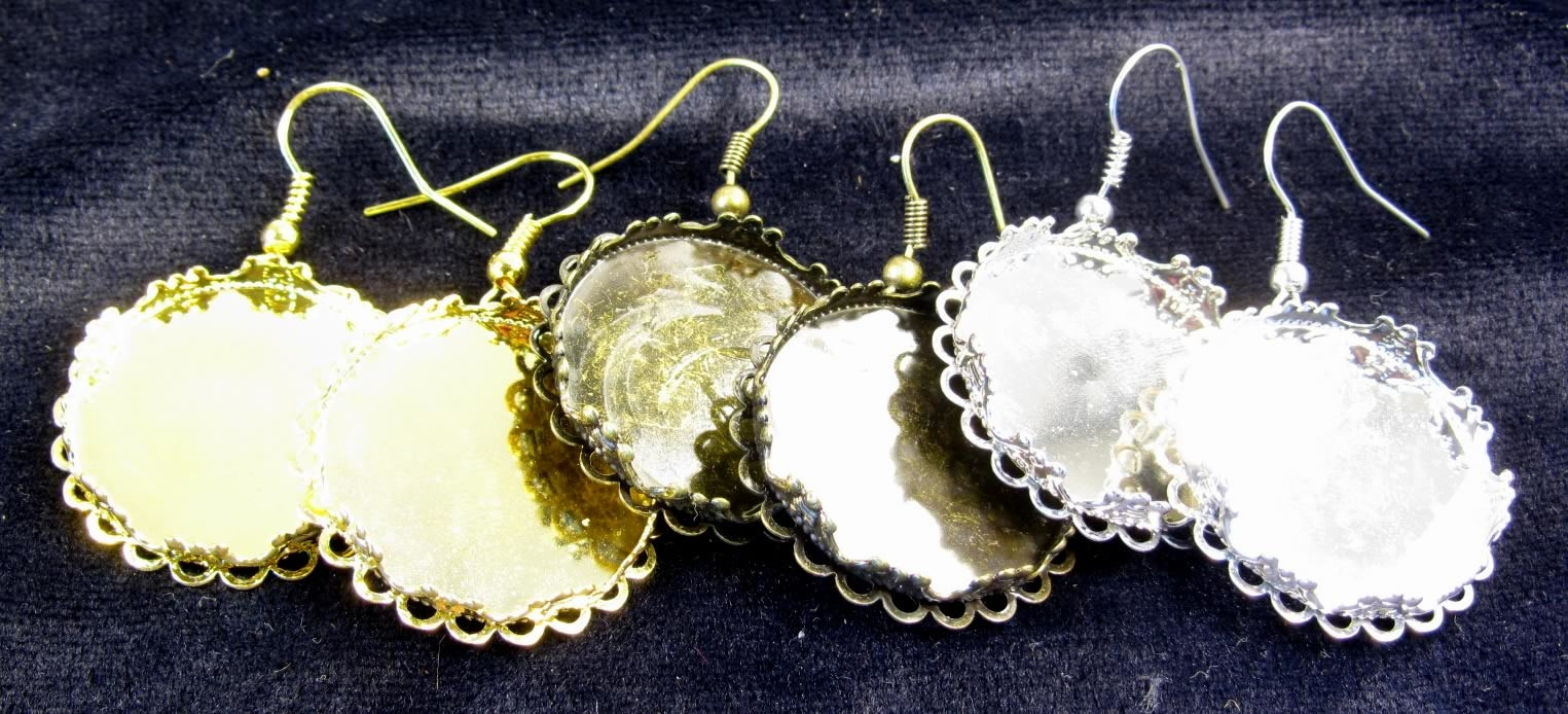 Various colors of the cabochon fish hook wire earrings