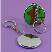 This 37 mm key ring, shows a Christmas fabric being used on the badge