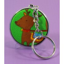 A lovely chrome plated keyring, allowing 2 badges, one on each side, for example a logo, possibly an address.