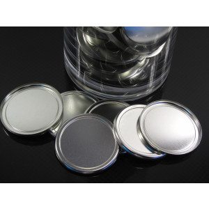 Blank back 58 mm badges, you can the use of these 4 craftwork as they are very flat and easy to glue to a surface