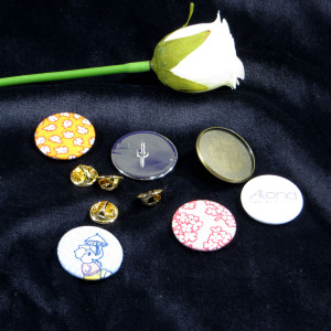 """Flair Design Cabochon Brooch with """"dammit"""" Clutch Pin Clasp"""