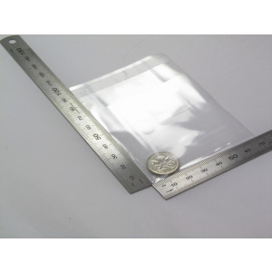 showing rulers with 58mm presentation pouch