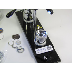 The 1 inch alond badge making kit with a large range of components included